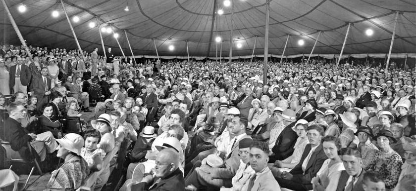 Tent_revival_1933